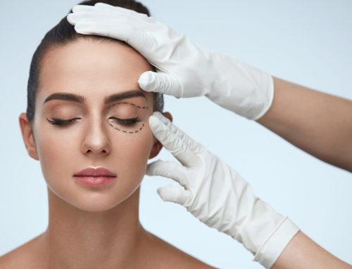 Die besten Make-up Tricks: So kaschierst du deine Schlupflider