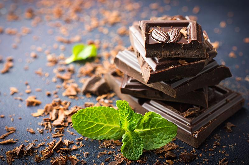 Dark chocolate with mint leaf